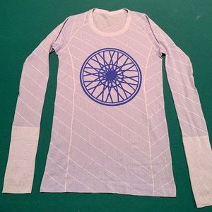SOULCYCLE - Lululemon - Long sleeve workout top